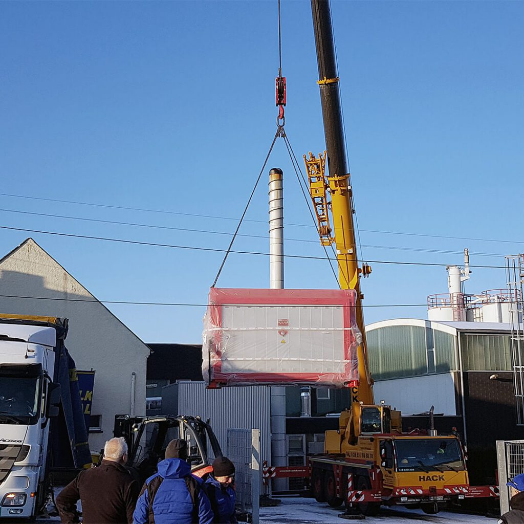 furnace lifting by crane - Pagnotta Termomeccanica