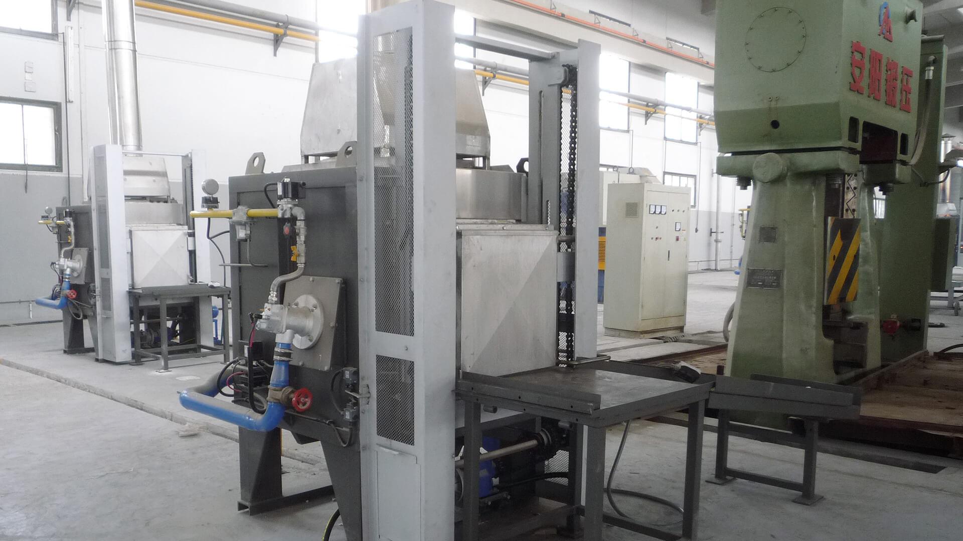Forno industriale per Forno a camera per Fucinatura | Pagnotta Termomeccanica