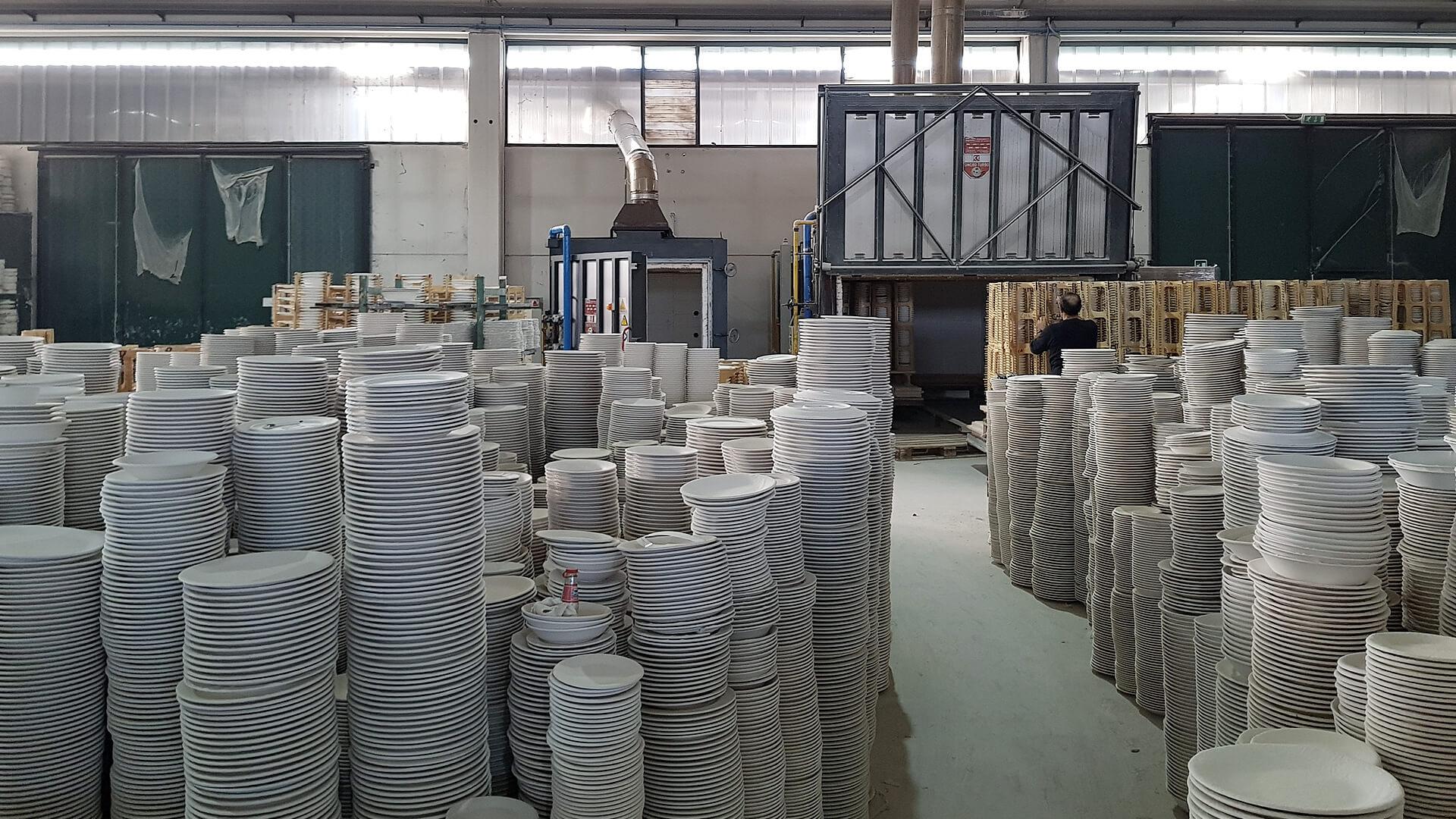 Forno industriale per Produzione di stoviglieria con forni intermittenti   Pagnotta Termomeccanica