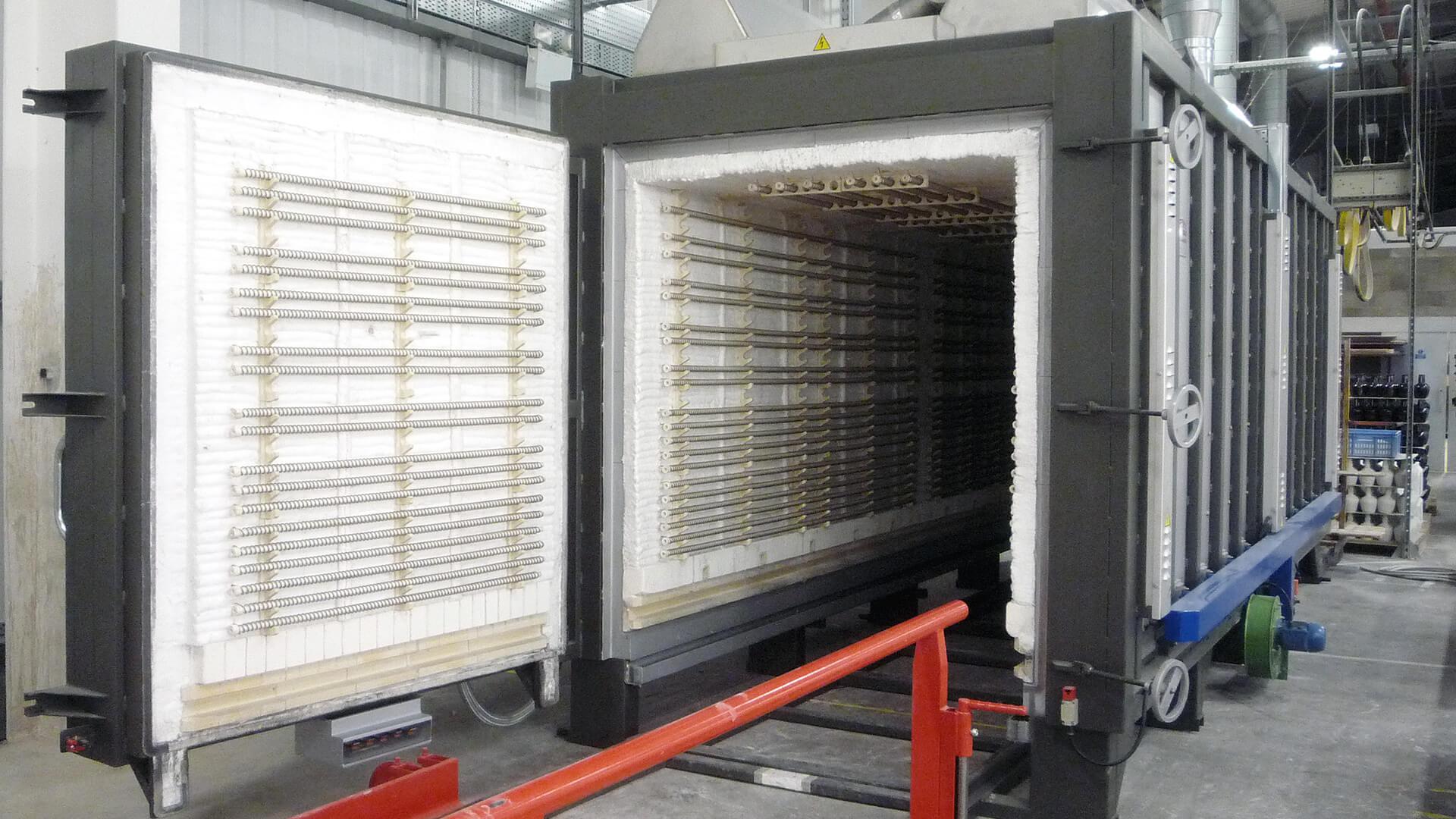 Forno industriale per Forno elettrico a carri su binario | Pagnotta Termomeccanica