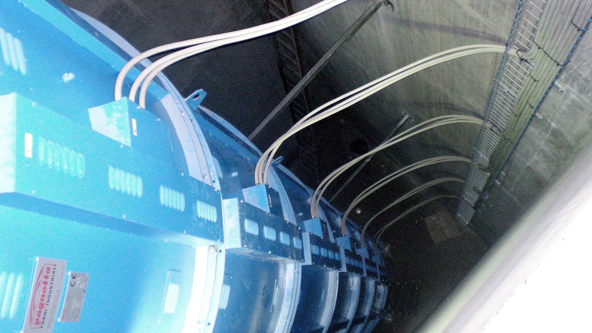 Forno industriale per Forno a pozzo per normalizzazione alberi navali fino a 12.000 mm | Pagnotta Termomeccanica