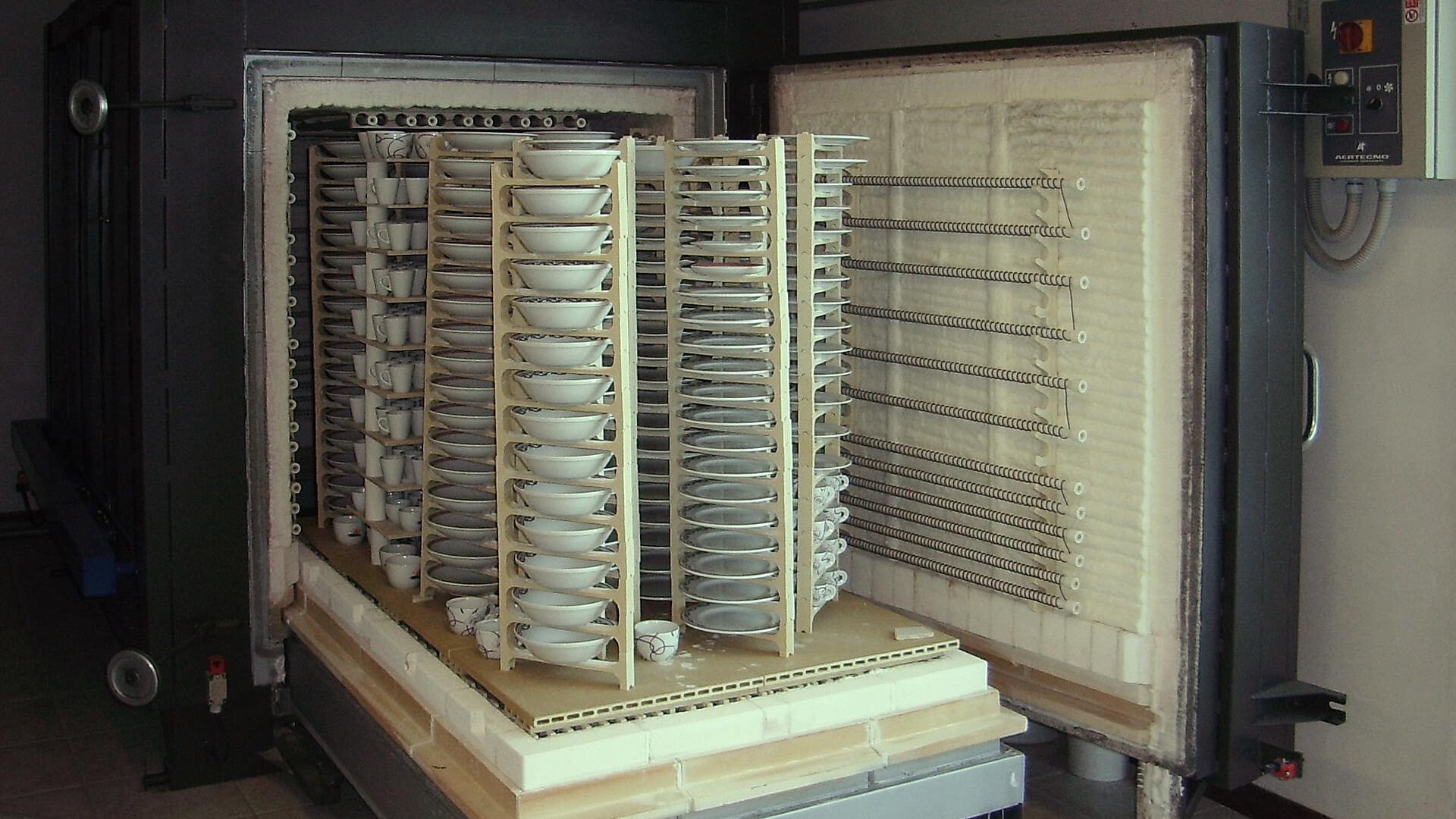 Forno industriale per Forno per produzione di stoviglieria alberghiera | Pagnotta Termomeccanica