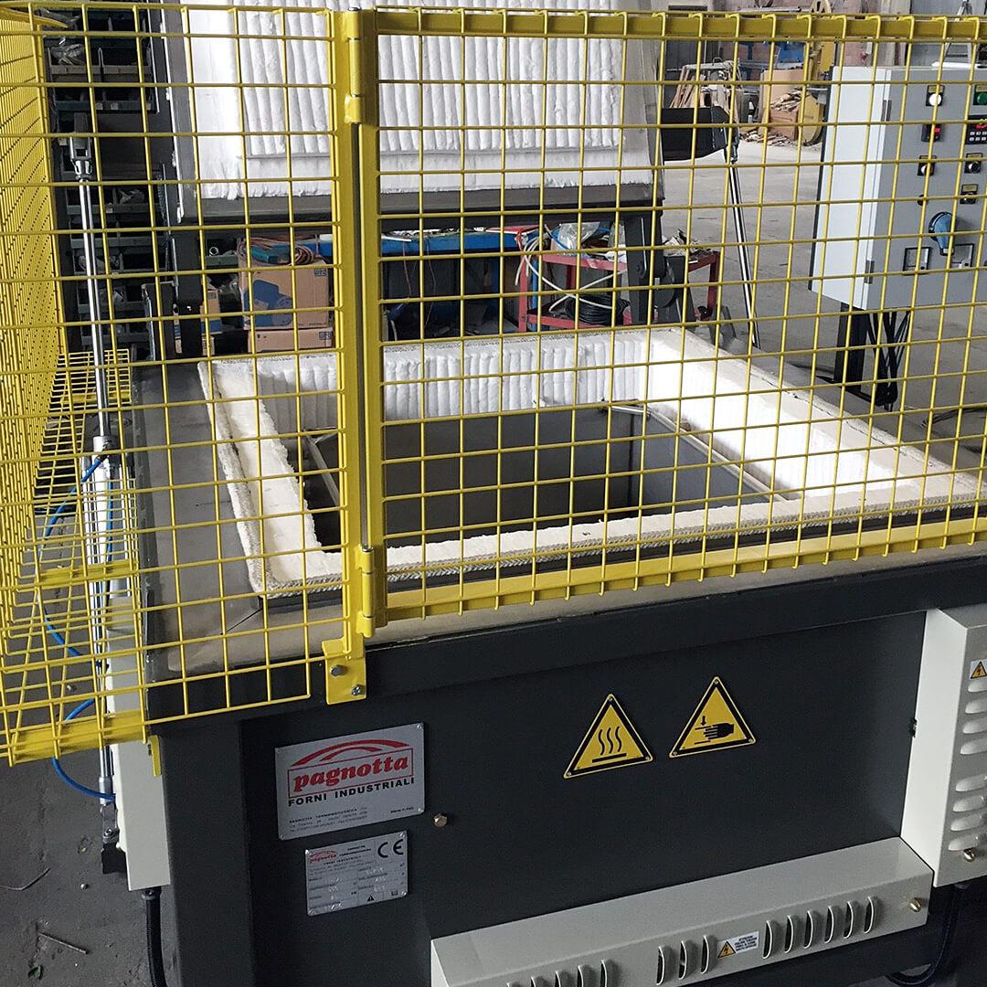 Forno industriale per Forni elettrico con carica dall'alto a base quadrata | Pagnotta Termomeccanica